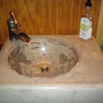 betonowe umywalki nablatowe