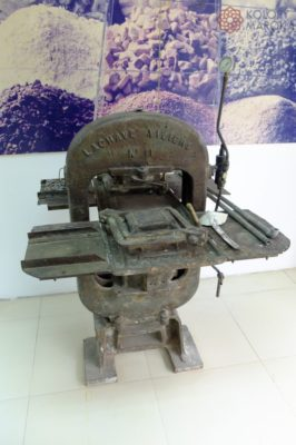 Maszyna - płytki cementowe